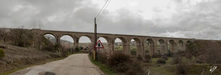 Puente de los Once Ojos